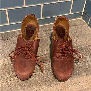 Sanita leather clogs